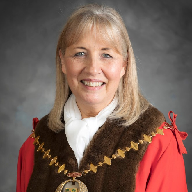 The Mayor of Basingstoke and Deane, Cllr Diane Taylor