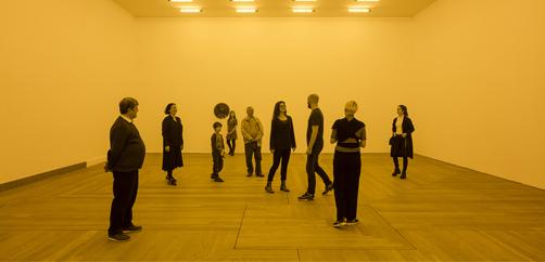 Olafur Eliasson, 'Habitación para un color', 1997. Vista de instalación en Moderna Museet, Estocolmo 2015 Cortesía del artista;  Tanya Bonakdar Gallery, Nueva York;  neugerriemschneider, Berlín © Olafur Eliasson.  Foto: Anders Sune Berg